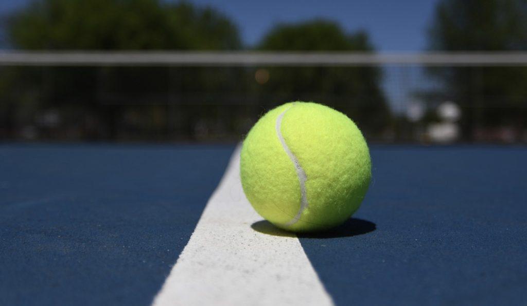 Jak typować mecze tenisa ziemnego?
